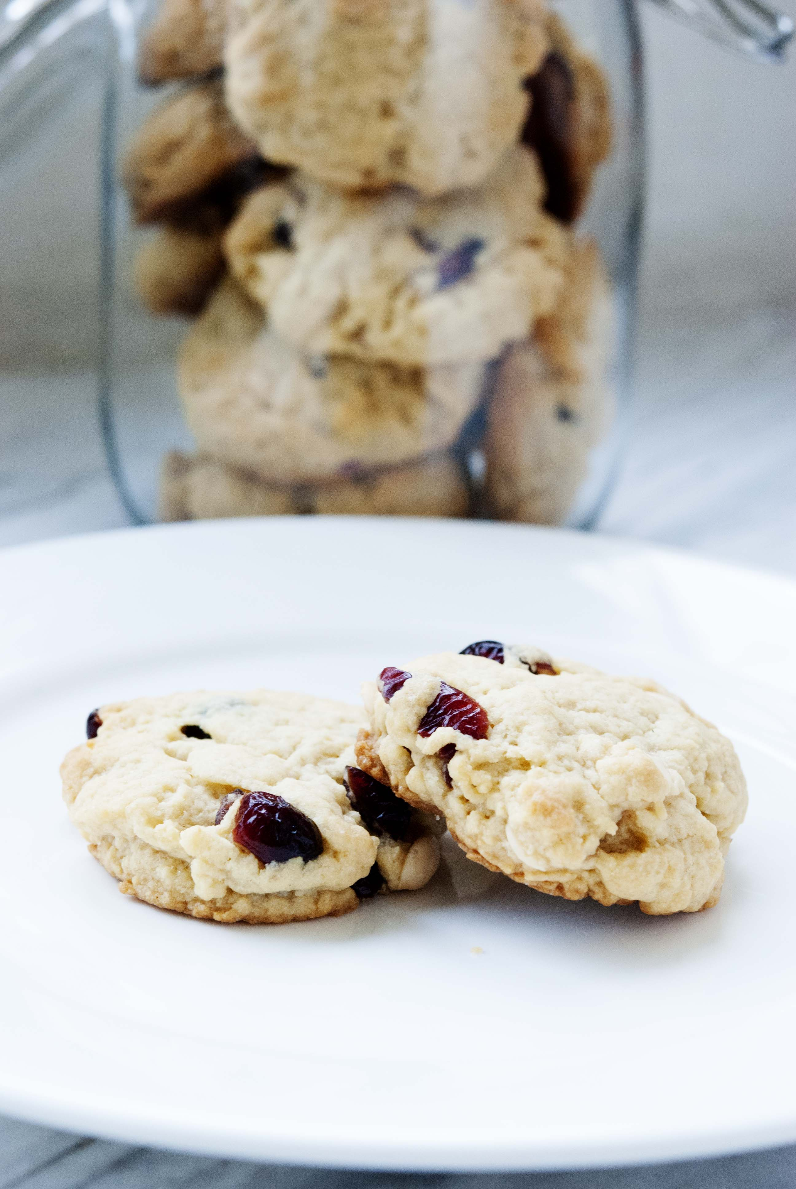 cranberry-white-chocolte-chip-cookie-expatcucina